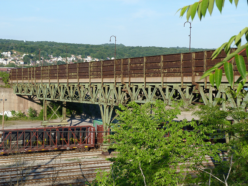 Center-Duquesne-Slag-Bridge.jpg