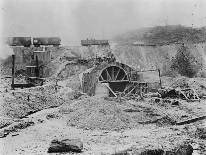 aliquippa-pa-tunnel-under-construction.jpg